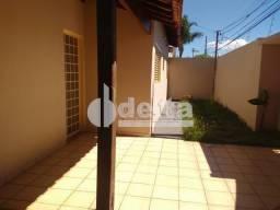 Casa à venda com 3 dormitórios em Patrimônio, Uberlandia cod:30567