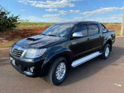 Toyota Hilux (parcelamos)
