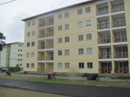 Alugo apartamento em Abrantes, Semi Mobiliado, 2/4, suíte e varanda por R$1.500,00
