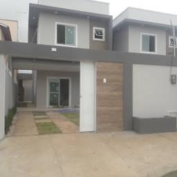 Casa Duplex nova R$ 270.000,00 Av. Washington Soares,