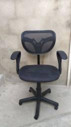 Cadeira giratória de escritório .