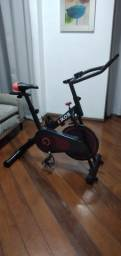Bicicleta de spinning Kikos F3