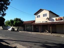 vendo sobrado comercial mais casa no bairro jardim pioneira R$ 600.000,00