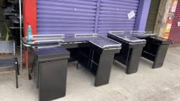 prateleiras e equipamentos pra loja