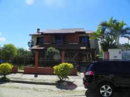 Casa a venda 04 dormitórios na praia em Torres RS