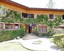 Casa a venda/locação em Embu, 3 dorm e 6 vagas - Cond, Vila Real Moinho