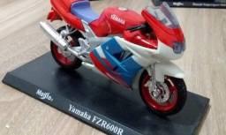 Título do anúncio: Miniatura Moto Maisto - Yamaha FZR 600R