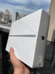 Título do anúncio: Apple iPad 8 32 Gb - Lacrados /12x sem juros /Nota Fiscal/Garantia /Loja Física.