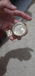 Vendo esse relógio pra hoje barato