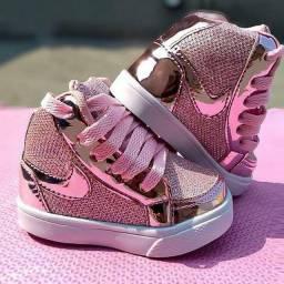 Botinha Nike glitter
