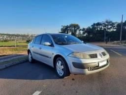 Título do anúncio: Vendo ou troco Renault Megane Sedan Dynamique 2.0 16V Ano/Modelo 2008 Automático