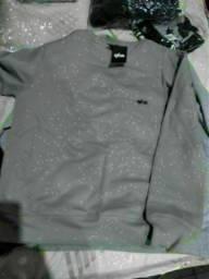 Título do anúncio: Blusas de moletom novas sem uso