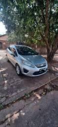 Vendo new fiesta sedan SE 1.6