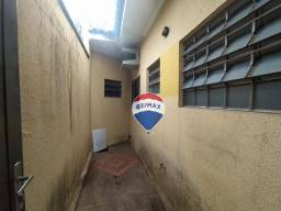Título do anúncio: Casa com 3 dormitórios para alugar, 99 m² por R$ 950/mês - Jardim Nossa Senhora de Fátima