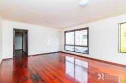 Apartamento à venda com 3 dormitórios em Petrópolis, Porto alegre cod:240553