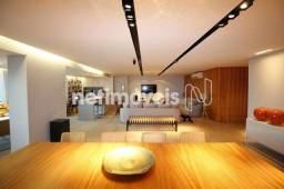 Título do anúncio: Apartamento para venda tem 303 metros quadrados com 4 quartos