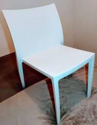 Conjunto 4 Cadeiras em Polipropileno Branca