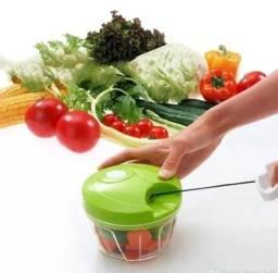 Título do anúncio: Mini processador triturador de alimentos manual 3 lâminas picador alho , cebola , legumes