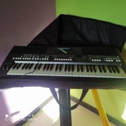 Vende teclado Yamaha psr 670