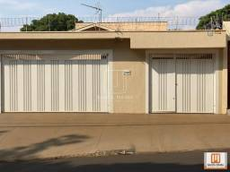Título do anúncio: Casa (térrea na rua) 4 dormitórios/suite, cozinha planejada
