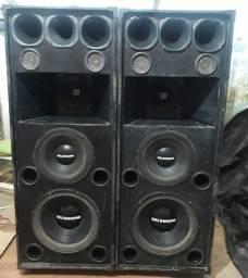Vendo duas caixas de som.
