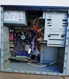 Título do anúncio: Pc Intel Celeron D420 (gabinete)