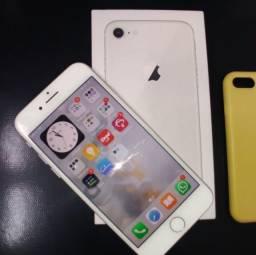 iPhone 8 -128 gb Branco