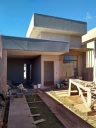 Casa à Venda Bairro Santa Luzia