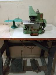 Maquina de costura Overlock (usada)