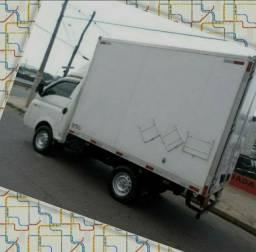 Título do anúncio: Frete e Mudança caminhão baú Goiânia, Anápolis, Brasília etc