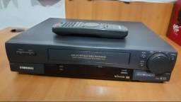 Video Cassete VHS Samsung modelo VM-k55 com controle remoto