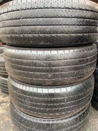 Título do anúncio: 4  pneus 245 70 16 apenas 150$ cada