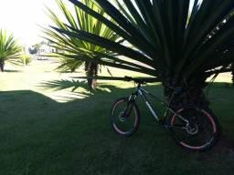 Bike hupi whistler