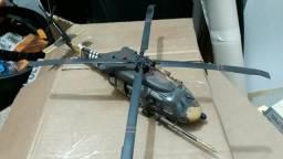Helicóptero BLACKHAWK 1/48 MONTADO