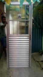 Porta e Janela De Aluminio C/ Basculante