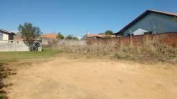 Lote de terreno 360 m² parcialmente murado no contorno jardim monte belo aceito carro