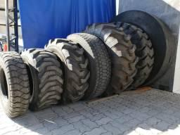Vendo pneus de máquinas e agrícolas