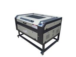 Máquina de Corte Laser 2015 - 100 Watts