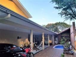 Título do anúncio: Sobrado Jardim Dona Amanda 300mts da av das cataratas ao lado do Hotel Mabu Foz do Iguaçu