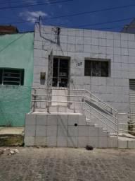 Aluga-se casa no São Francisco, Caruaru