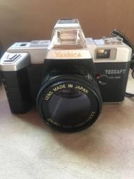 Câmera fotográfica retro muito nova