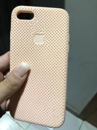Duas capinhas iPhone 7