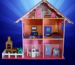 Casinha de Boneca Chalé em MDF Pintada (Com os móveis)