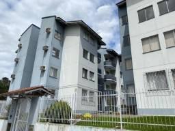 Apartamento Semi Mobiliado com  03 Quartos