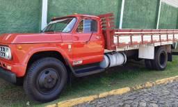Chevrolet D 60 vendo ou troco