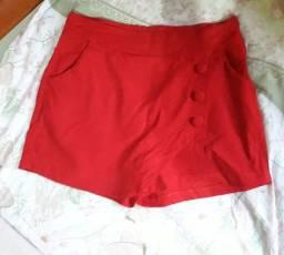 Short-saia vemelho