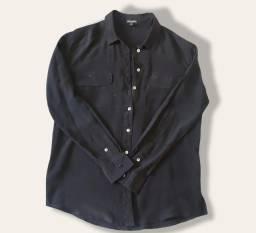 Título do anúncio: Camisa preta Le Lis Blanc