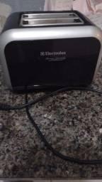 Torradeira Electrolux TS500 (seminova)