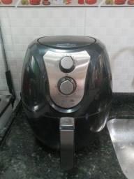 Fritadeira sem oleo Air fryer Britania