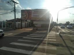 Vendo esquina na Mascarenhas de Moraes